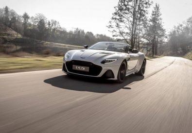 DBS Superleggera Volante Özellikler