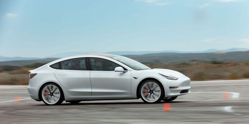 Tesla Model3 AutoPilot