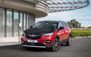 Opel GrandlandX Hibrit Tanıtıldı