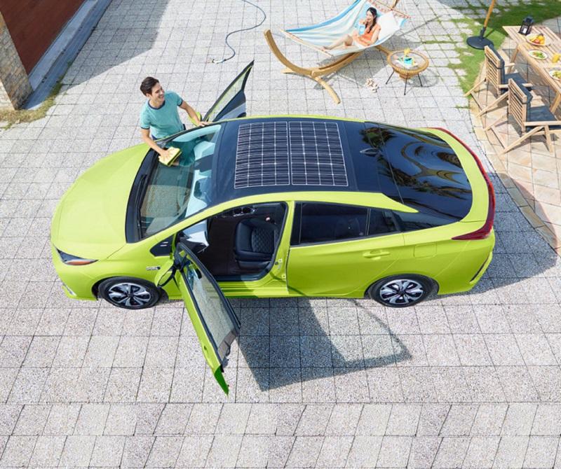 Hybrid Toyota Prius Güneş Panelleri
