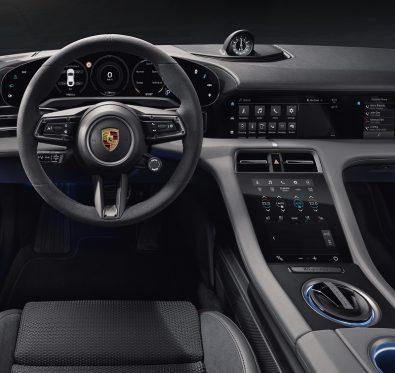 Yeni Porsche Taycan İç Tasarımı Açıklandı