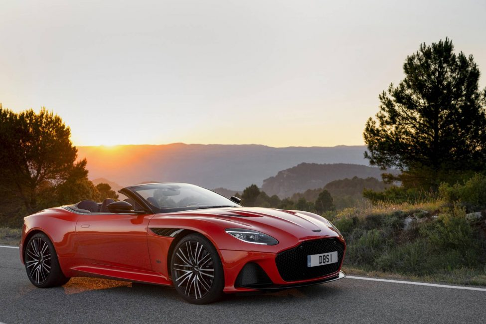 Aston Martin DBS Superleggera En İyi Seçildi.
