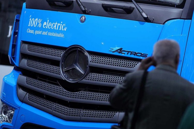 Elektrikli Mercedes Benz Actros Geliyor!