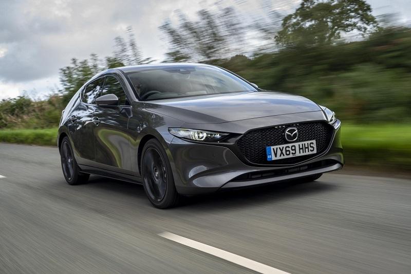Yeni Mazda3 Yılın Arabası Seçildi.
