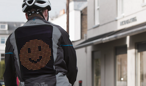 Ford Emojili Bisiklet Ceketi Yaptı.